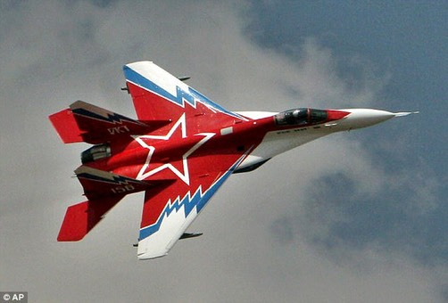 J-20- Red Star flying